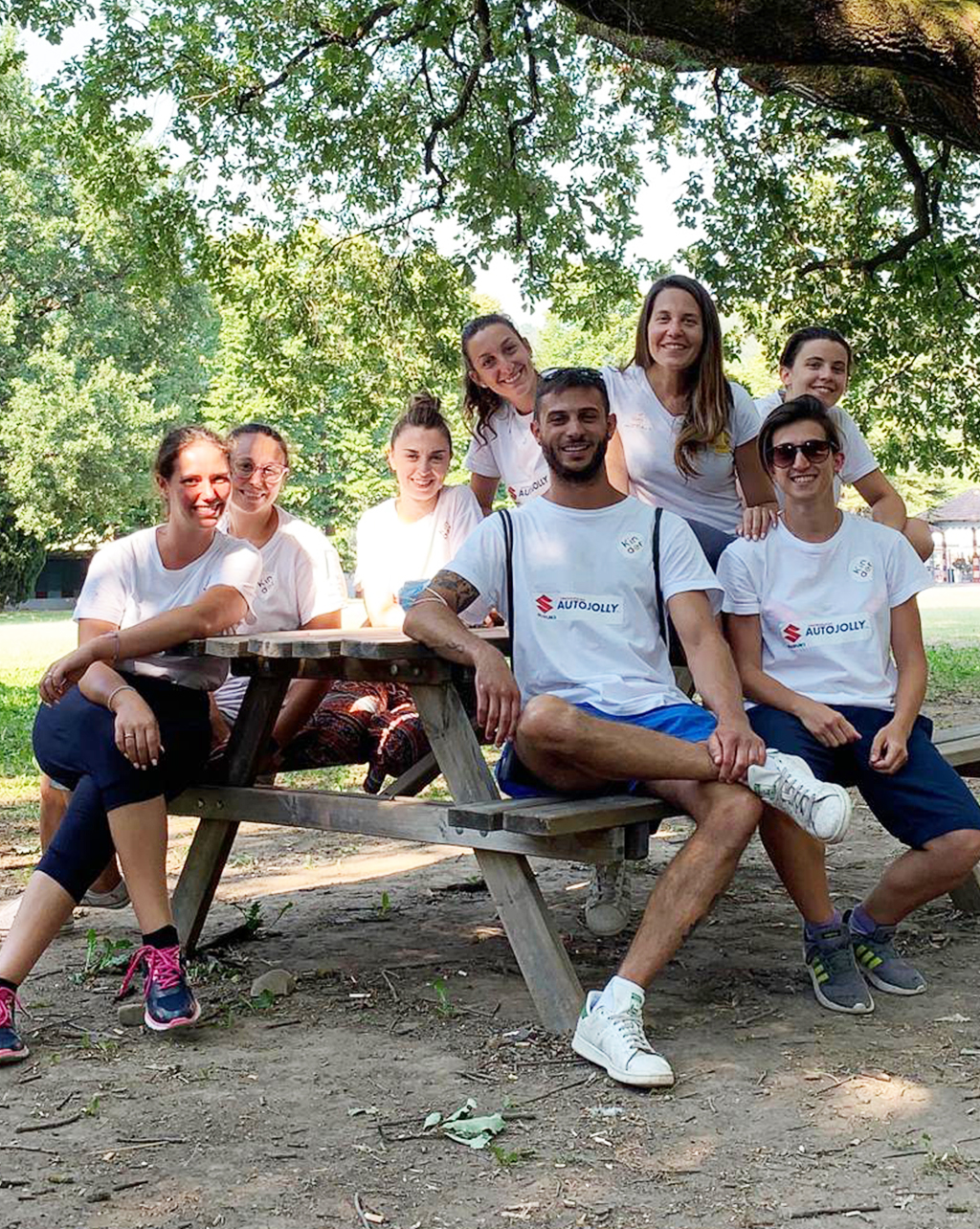 https://provagraphia1.cloud/wp-content/uploads/2021/03/SUMMER-CAMP_staff_1-chiara.jpg